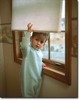 Children easily Gets Infected by Touching Blinds full of Germs Bacteria