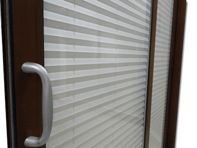 Insulated Glass is the Best Companion of Cleaning Free Blind Shutter